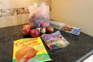 fall-inspired-carmel-apples-ingredients-HappyandBlessedHome