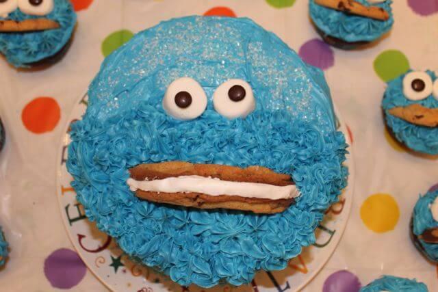 Cookie Monster Birthday Cake Photo Copyright 2014 HappyandBlessedGome.com