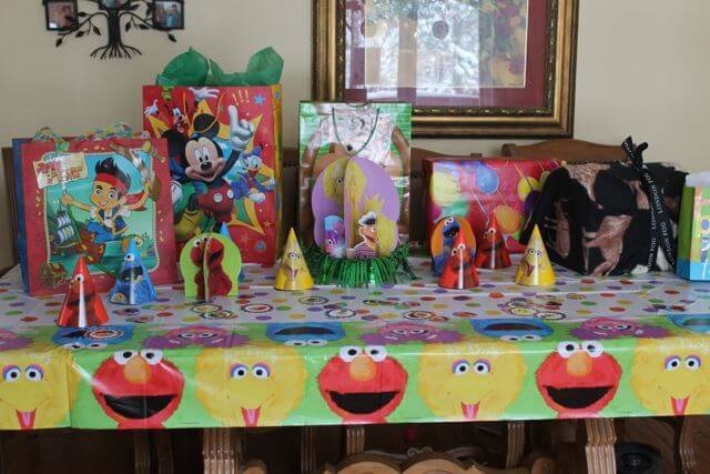 Sesame Street Birthday Party Decorations DR Photo Copyright 2014 HappyandBlessedGome.com