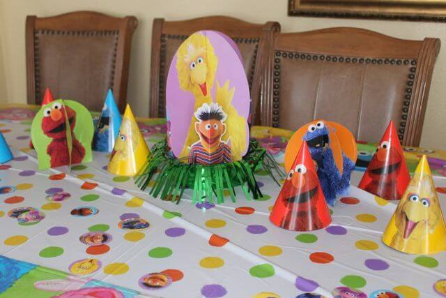 Sesame Street Birthday Party Decorations Photo Copyright 2014 HappyandBlessedGome.com