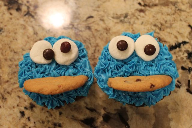 Sesame Street Cookie Monster Cupcakes & FREE Sesame Street Birthday Party Decorations - Happy and Blessed Home