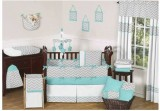 zig-zag-turquoise-and-gray-crib-set