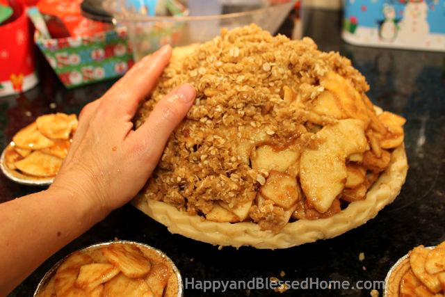 How to Make Carmel Pecan Apple Pie -Topping- Delicious Holiday Dessert, Thanksgiving Pie or Christmas Pie from HappyandBlessedHome.com