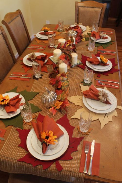 A beautiful Fall Table Setting by HappyandBlessedHome.com