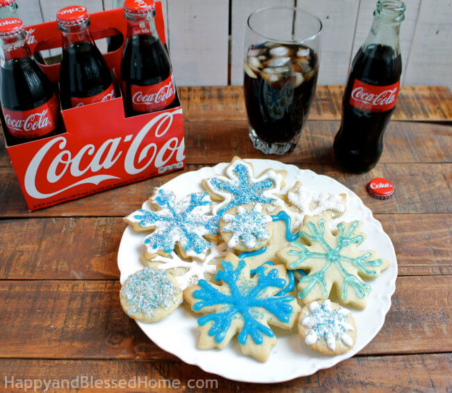 How to decorate Snowflake Cookies from HappyandBlessedHome.com 650