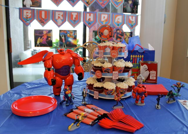 Big Hero 6 Table Spread from HappyandBlessedHome.com