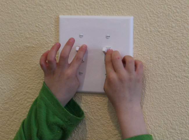 Teach Kids to Conserve Energy by Turning out the Lights from HappyandBlessedHome.com