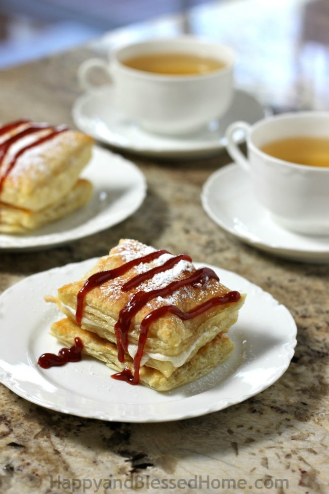 Easy Recipe Cuban style Guava and Cream filled Pastry