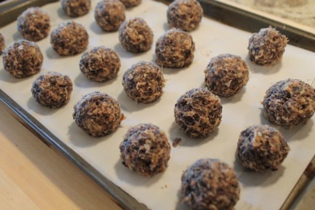 Roll All American Blue Corn Chip Turkey Balls into two inch balls from HappyandBlessedHome