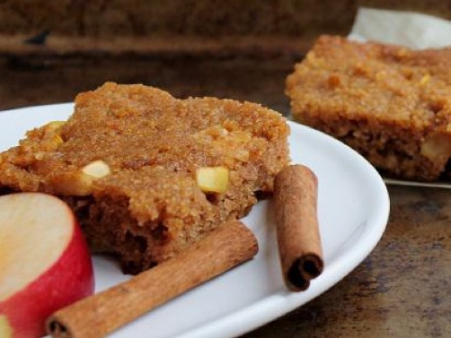 The Healthy Breakfast Book cinnamon squares