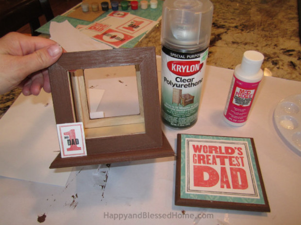 Personalized photo box Easy DIY Father's Day Gift Idea tutorial from HappyandBlessedHome.com