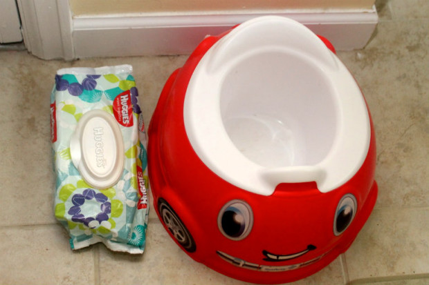 Large Keep messy places fresh feeling with Huggies Wipes