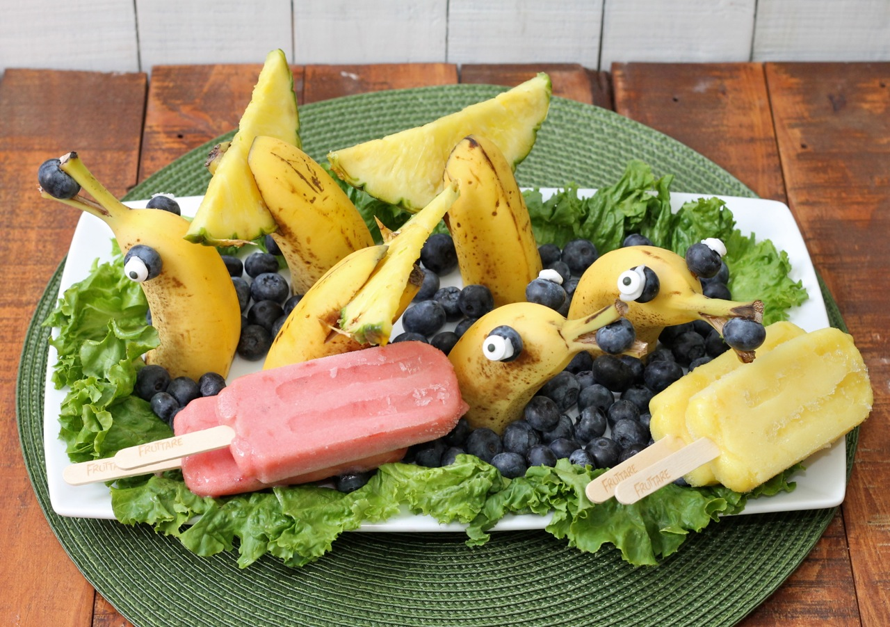 Dolphins made from bananas blueberries and pineapples photo copyright 2015 HappyandBlessedHome