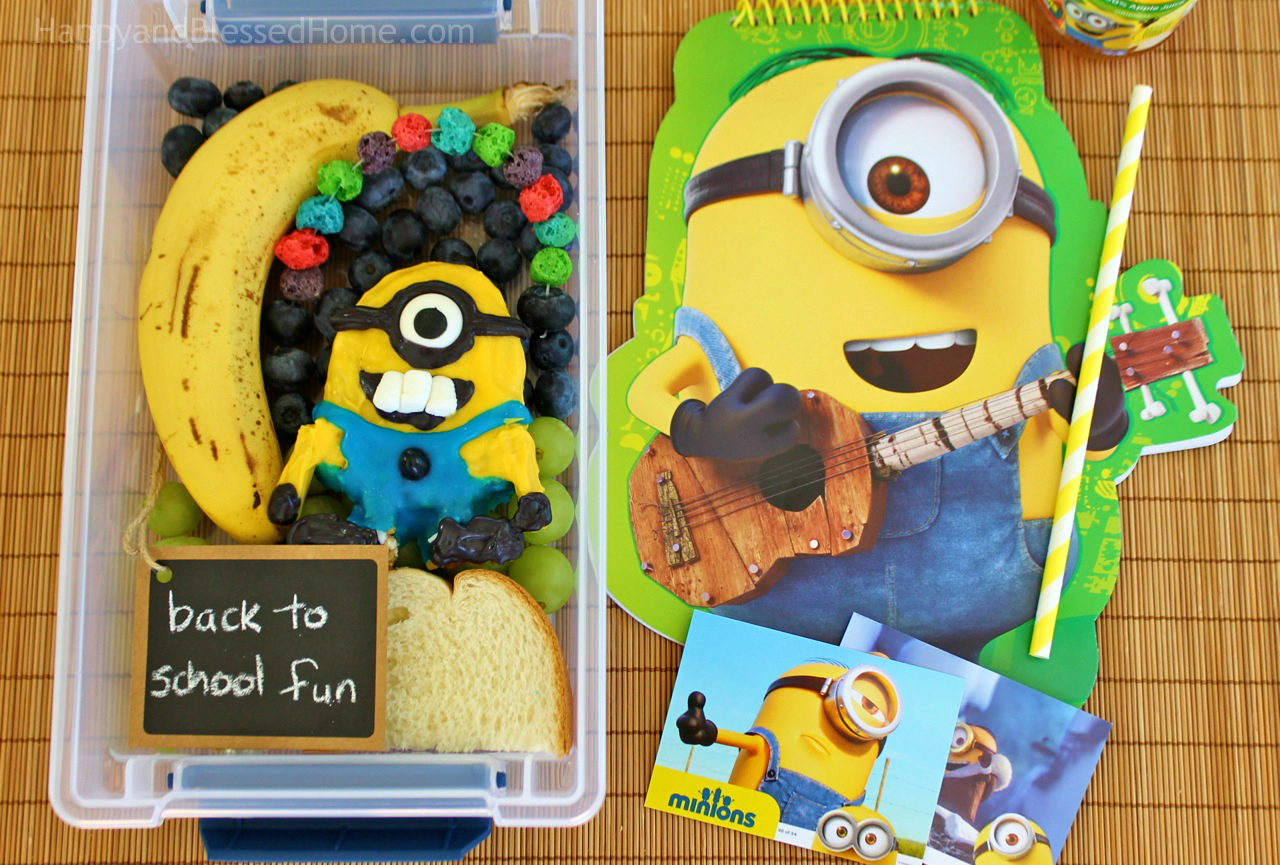 FREE Minions Play Doh Mat Printables and Minons Bento Box Tutorial easy lunch for kids from HappyandBlessedHome.com