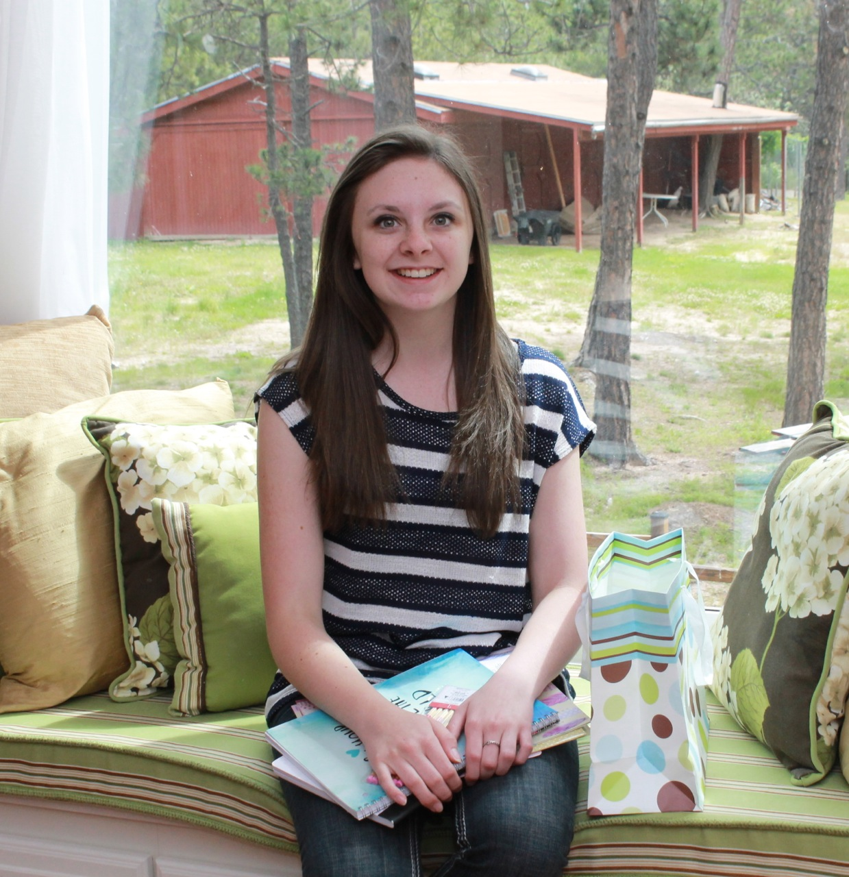 5 Tips for Encouraging Teen Girls - Happy and Blessed Home