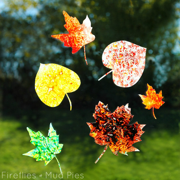 Melted-Crayon-Suncatcher-Craft-for-Kids-—-Fireflies-and-Mud-Pies