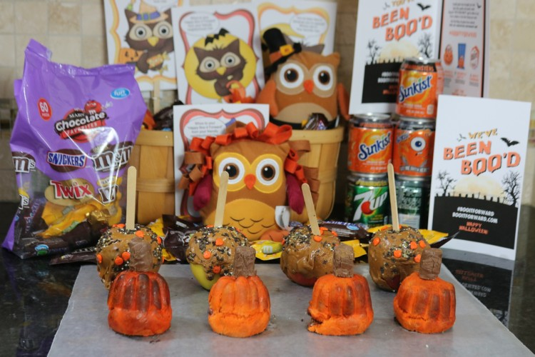 Mini Pretzel Dough Pumpkin Fall Recipe perfect for a Boo It Forward basket