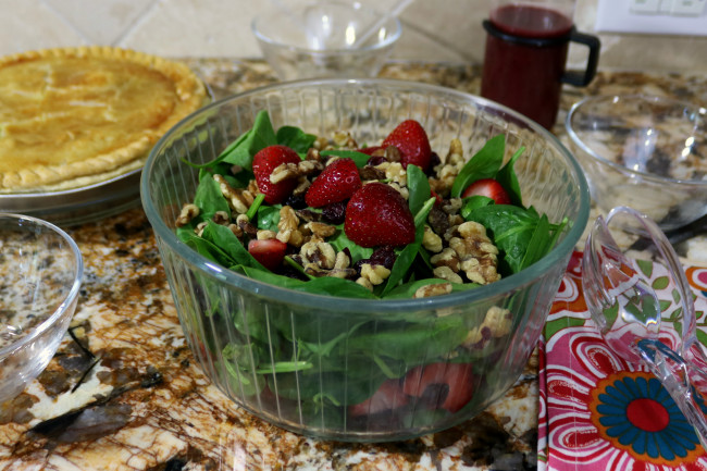 Strawberry and Walnut Spinach Salad with Raspberry Dressing