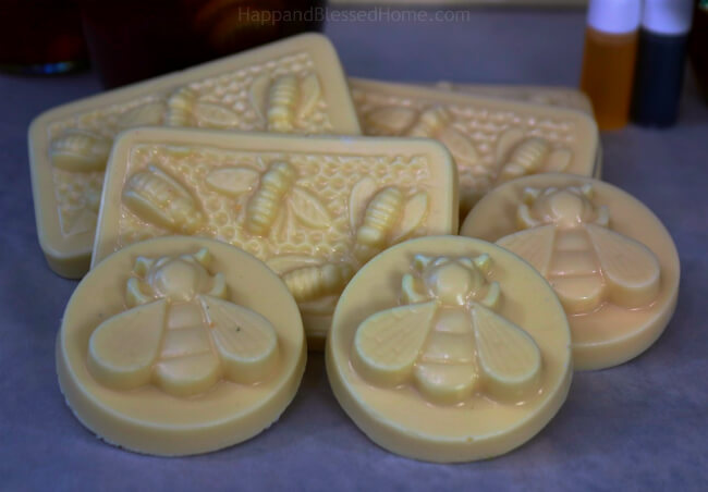 DIY Honey Soap - perfect handmade gift idea