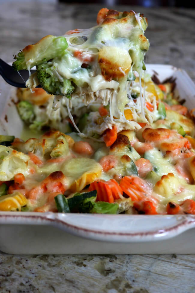 Easy Recipe for Cheesy Chicken Vegetable Casserole