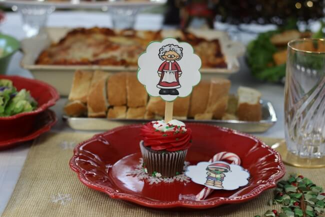 Christmas fun with FREE Christmas Party Printables, Stouffer's Italian Entreés, and Mozzarella, Cucumber and Tomato Salad Recipe
