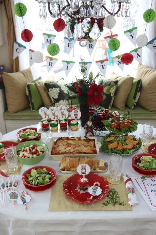 Holiday party with FREE Christmas Party Printables, Stouffer's Italian Entreés, and Mozzarella, Cucumber and Tomato Salad Recipe