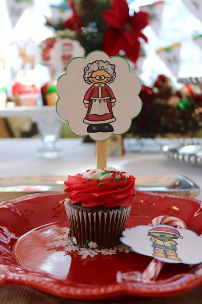 Mrs Clause looks on with these FREE Christmas Party Printables, Stouffer's Italian Entreés, and Mozzarella, Cucumber and Tomato Salad Recipe