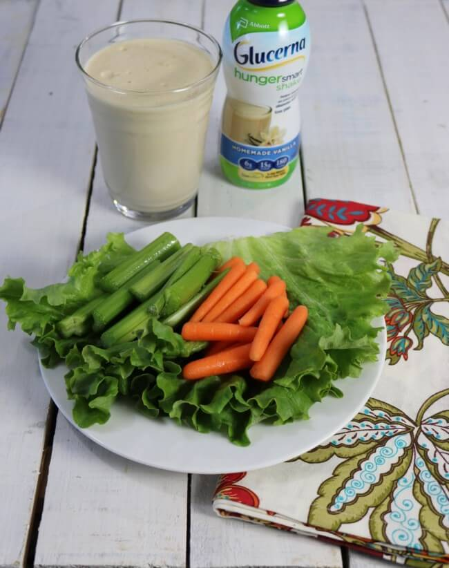 A healthy low carbohydrate snack with a Glucerna Nutty Butter Smoothie