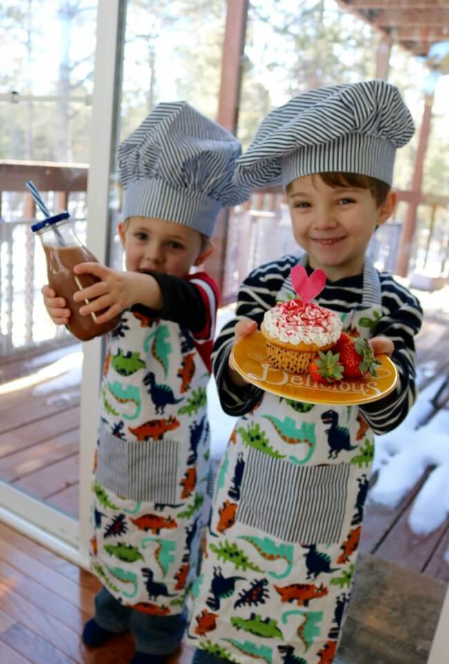 10 Tips for Cooking with Kids - Breakfast in bed anyone? Yes - please!