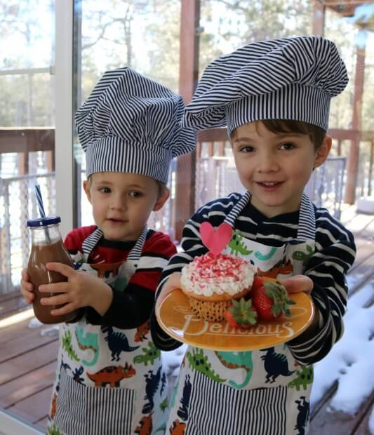 10 Tips for Cooking with Kids - Look what I made!