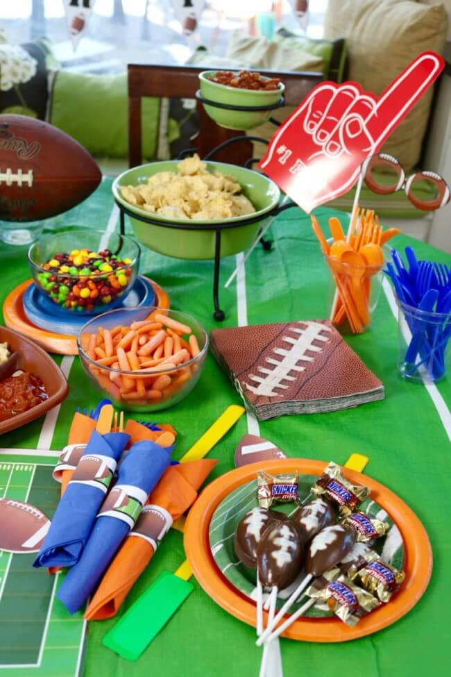 These chocolate football pops were a hit at our playoffs football party as our team gets ready for the Superbowl party