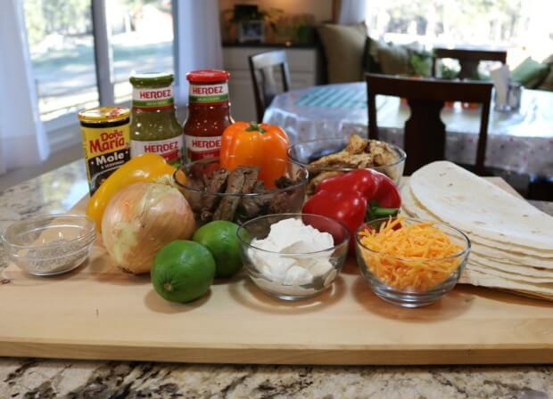 Ingredients for Easy Mexican Fajitas and celebrating Día del Niño