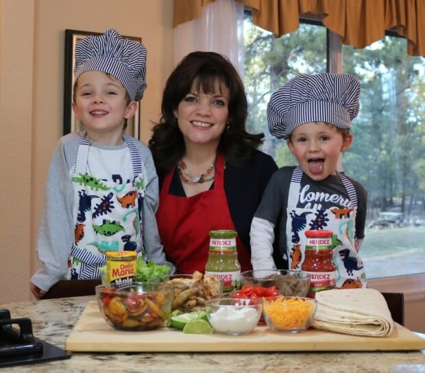 Easy Mexican Fajitas and celebrating Día del Niño with my two chefs!