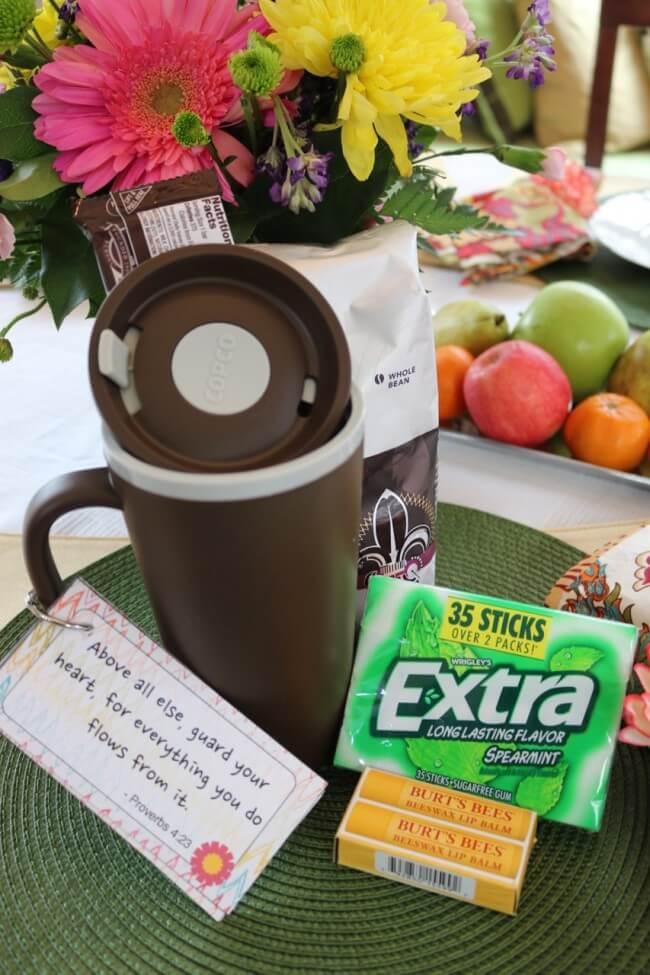 Simple Coffee Lover's Gift: Teacher Appreciation Gift Ideas
