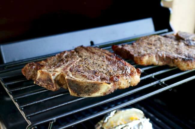 Garlic Mushroom Sauce Recipe and Grilling Tips for excellent T-Bone Steaks