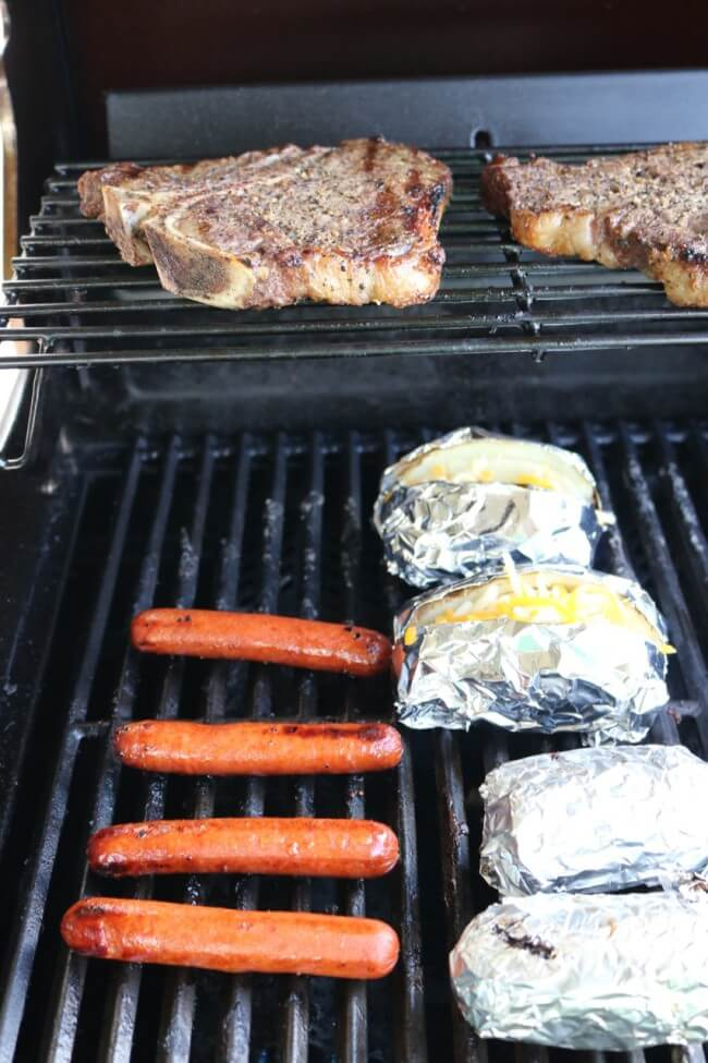 Hot Dogs and Garlic Mushroom Sauce Recipe and Grilling Tips for excellent T-Bone Steaks