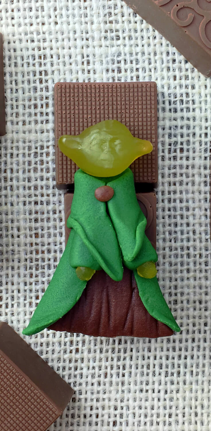 Add brown button to complete this STAR WARS Yoda in Chocolate