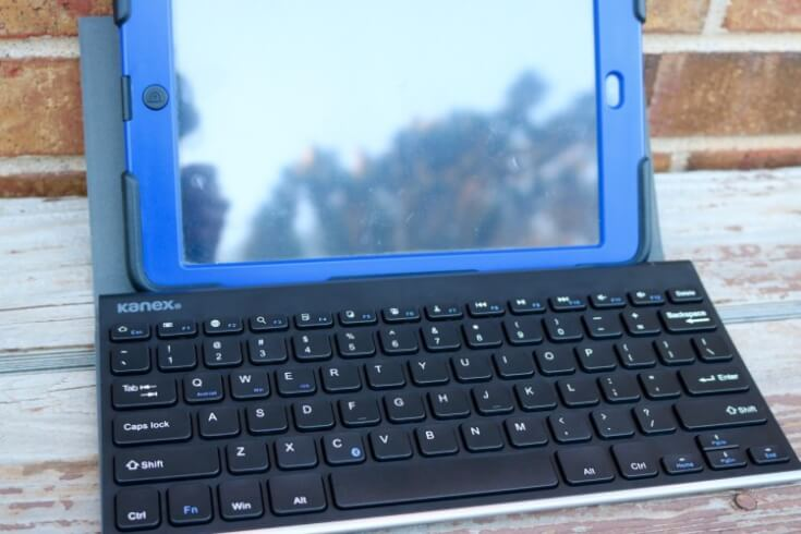 Kane Compact Bluetooth Keyboard with Stand Cover - great for Bloggers!
