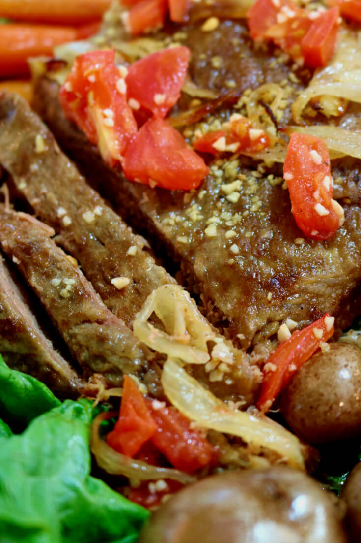 thinly-sliced-slow-cooker-beef-brisket-with-tomatoes-and-onions-recipe