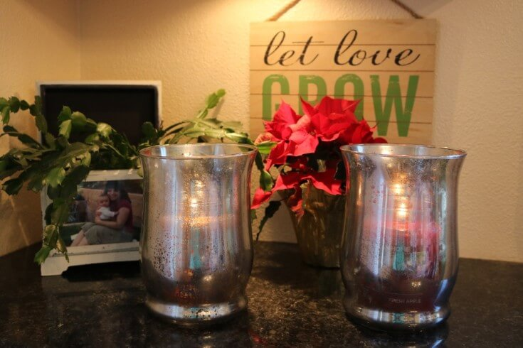 Gorgeous home decor with these DIY Faux Mercury Glass