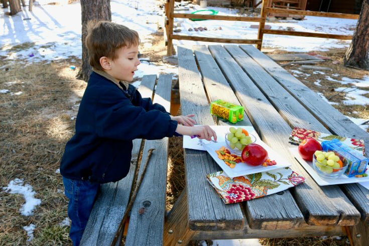 Family Fun with a FREE Scavenger Hunt Printable for Kids and Goldfish® Cracker Snack Time