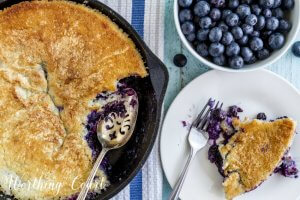 blueberry-cobbler-in-an-iron-skillet
