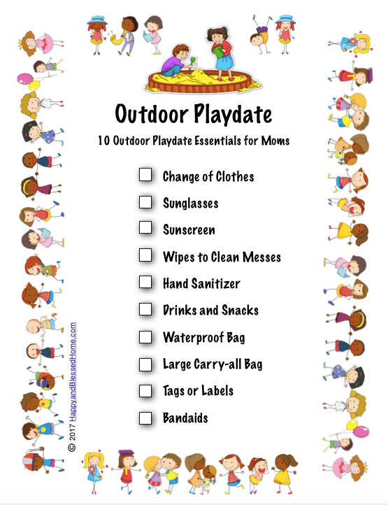 10 Outdoor Playdate Essentials for Moms