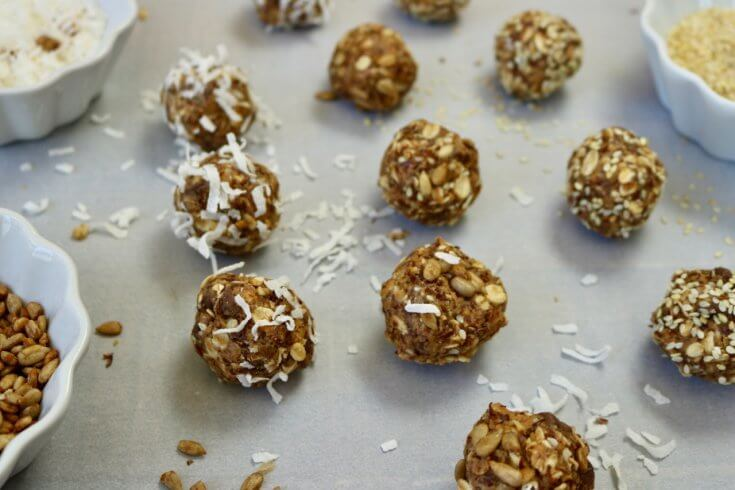 Chocolate Chip Peanut Butter Honey and Oat Energy Balls