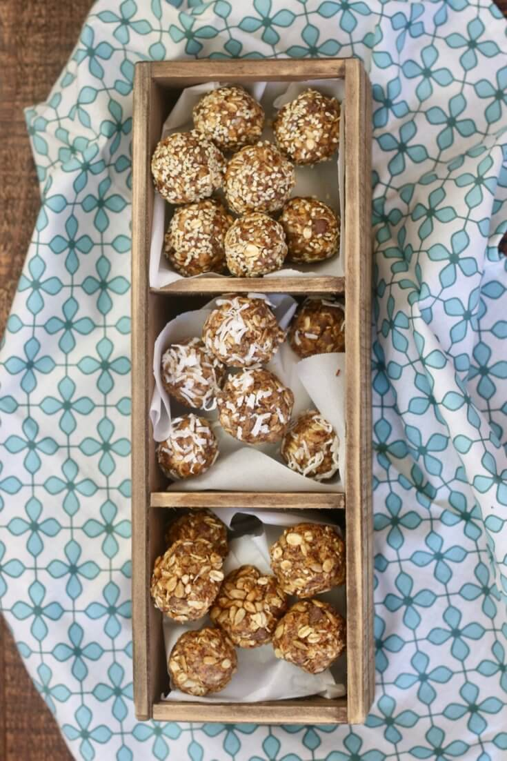 Easy Recipe for Chocolate Chip Peanut Butter Honey and Oat Energy Bites with three different toppings