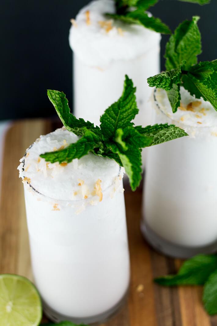 Frozen-Toasted-Coconut-Moonshine-9