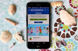 5 FREE Apps for Private Photo Sharing including Facebook Moments app on a WFM LG Grace LTE