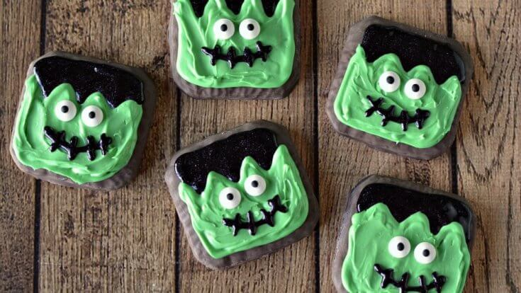 Decorated-Cookies-for-Halloween-970x546