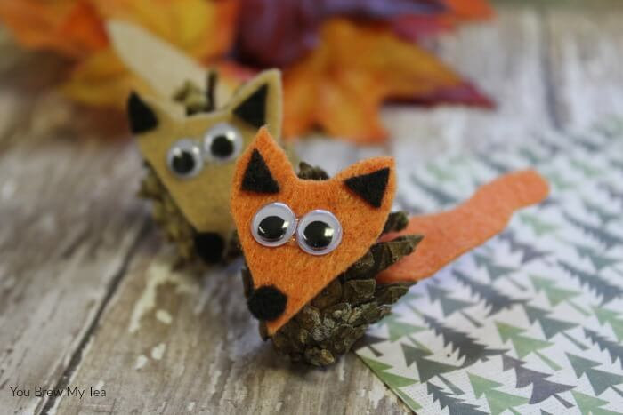 Pinecone-Critters-Fall-Arts-And-Crafts-For-Kids-Fox