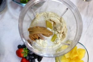 Peanut Butter and Pineapple Smoothie